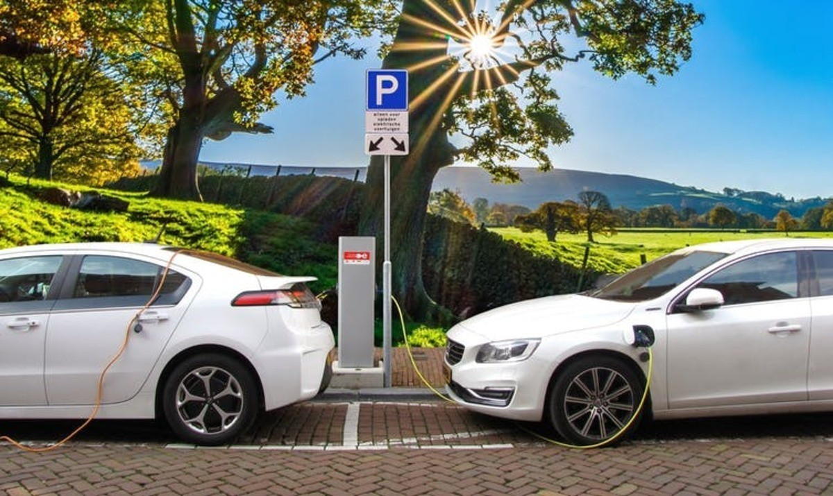 Charging ahead: how to make sure the electric vehicle transition is sustainable and just