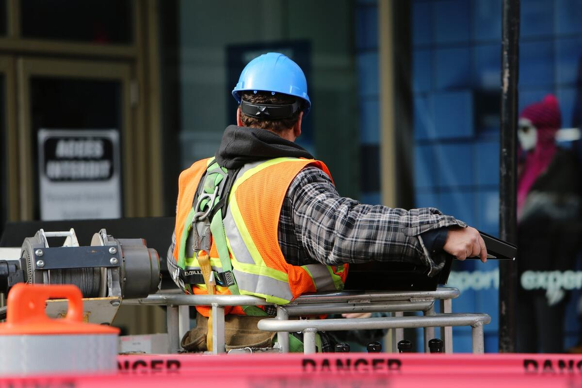 Navigating Changing Safety Precautions in the Construction Industry