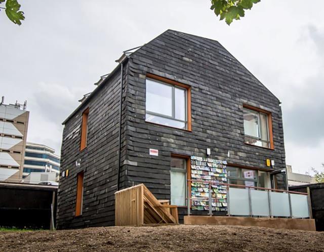 une maison entièrement construite en déchets - construction21 - Materiaux Utilises Pour Construire Une Maison
