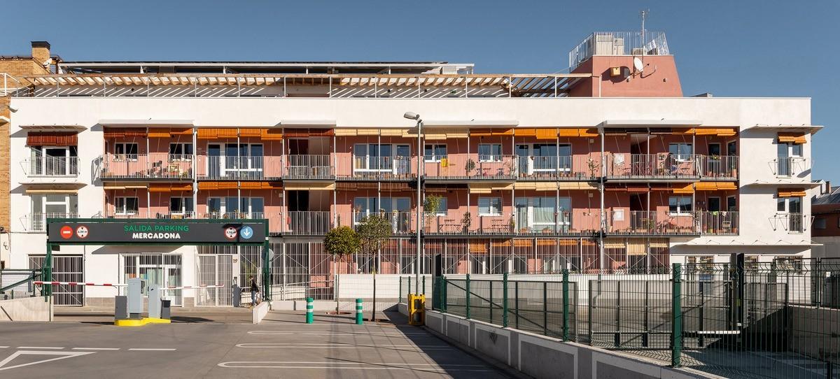 Entrepatios Las Carolinas : cohousing ecológico en derecho de uso