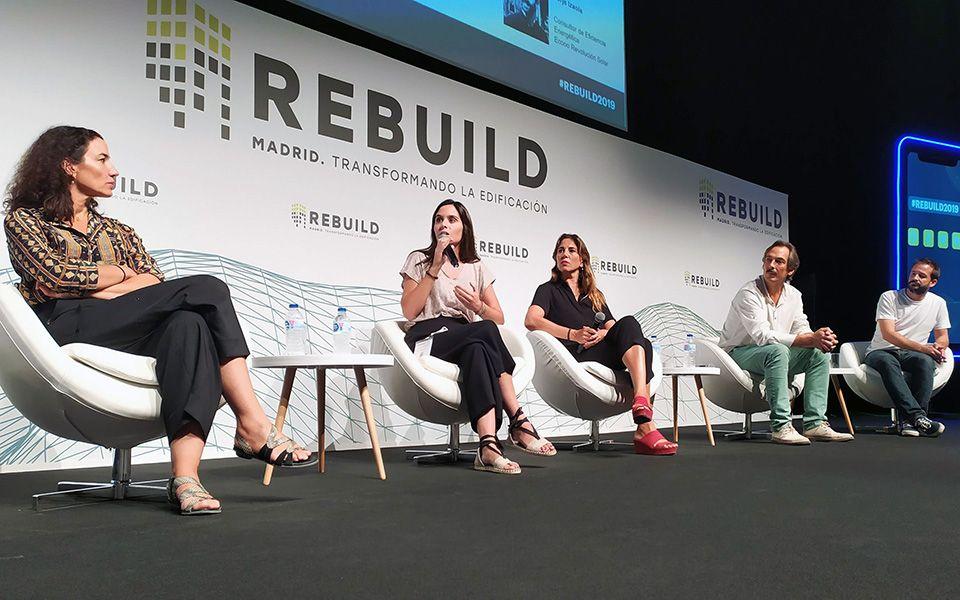 Acto de entrega del premio Green Solutions Awards 2019 a Satt durante la Rebuild Expo