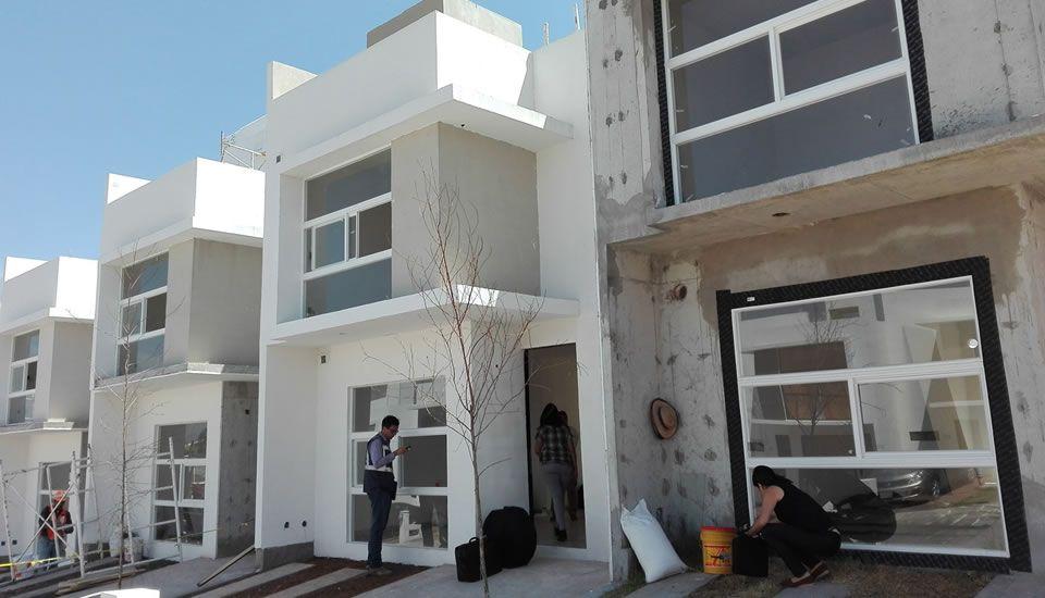 Casas pasivas en Morelia/ México. Morelia tiene un clima muy moderado (Happy climate), que permite la construcción de casas pasivas con cristal simple y sin la necesidad de poner una recuperación de calor, foto M.Wassouf