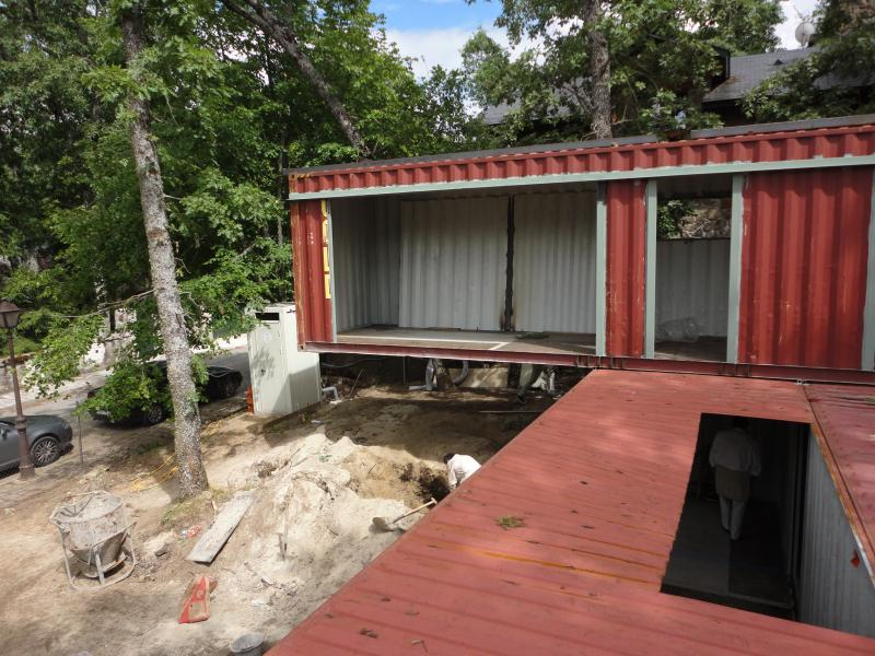 reused sea container house construction