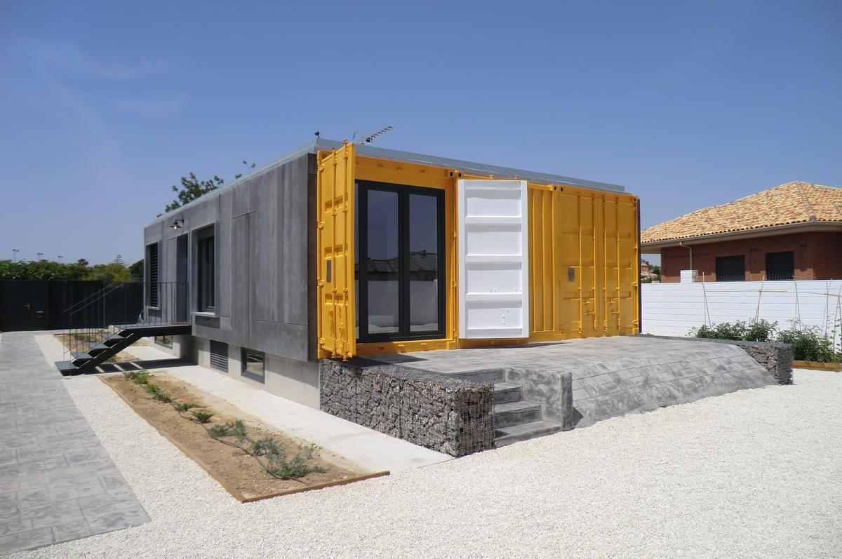Reused sea container house in mutxamel construction21 - Casas container espana ...