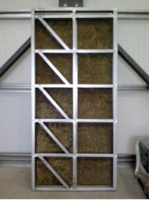 Panneau ossature mixte légère bois métal et isolation incorporée