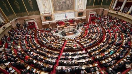 Climat : guérilla à l'Assemblée sur l'artificialisation des sols