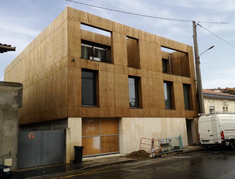 Construction de 3 logements la bastide construction21 for Construction bastide