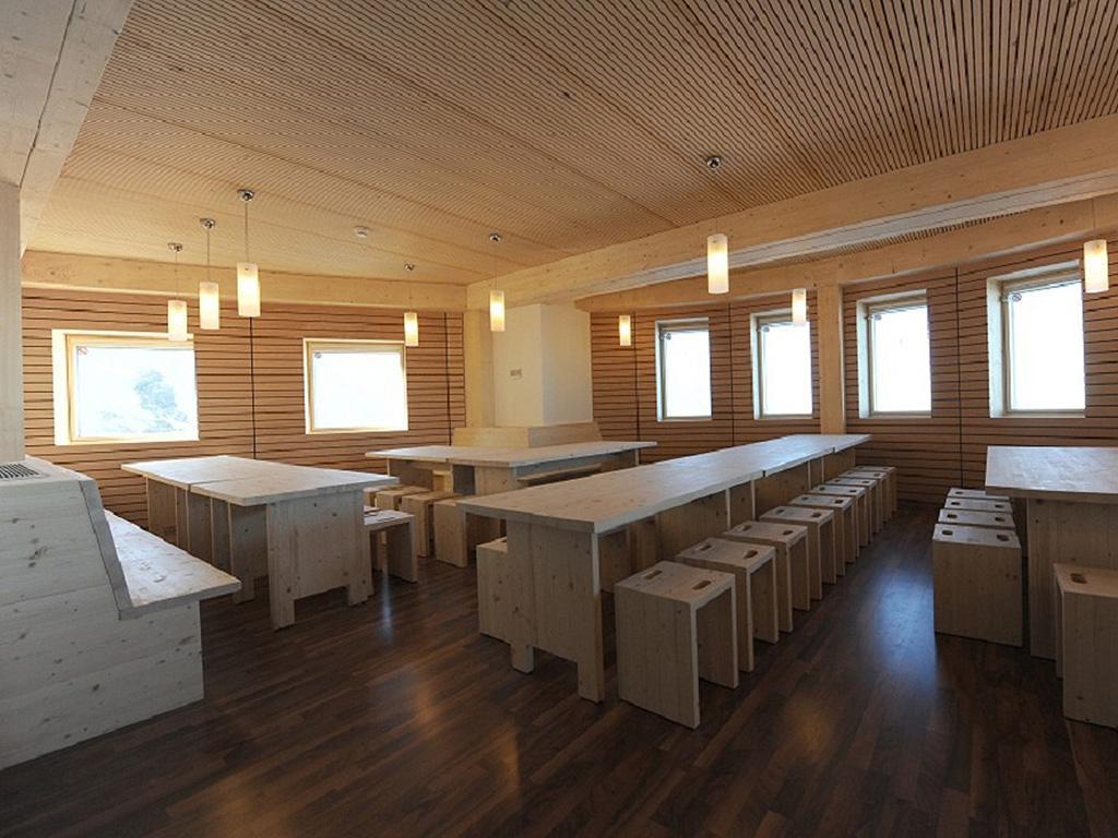 refuge du go ter construction21. Black Bedroom Furniture Sets. Home Design Ideas