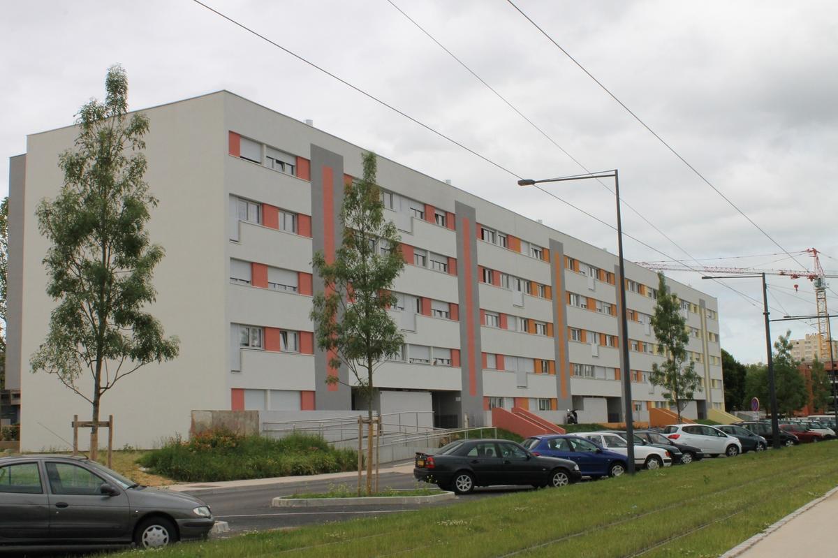R novation bbc de l 39 immeuble lamartine de 54 logements for Cout de construction immeuble
