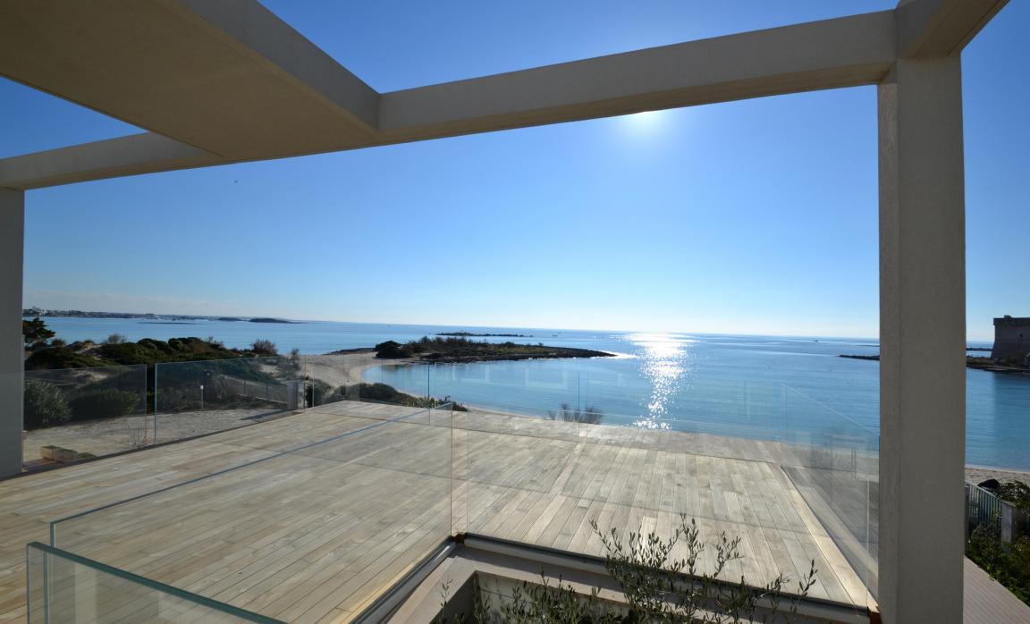 Patio sul mare construction21 - Ristrutturare casa al mare ...