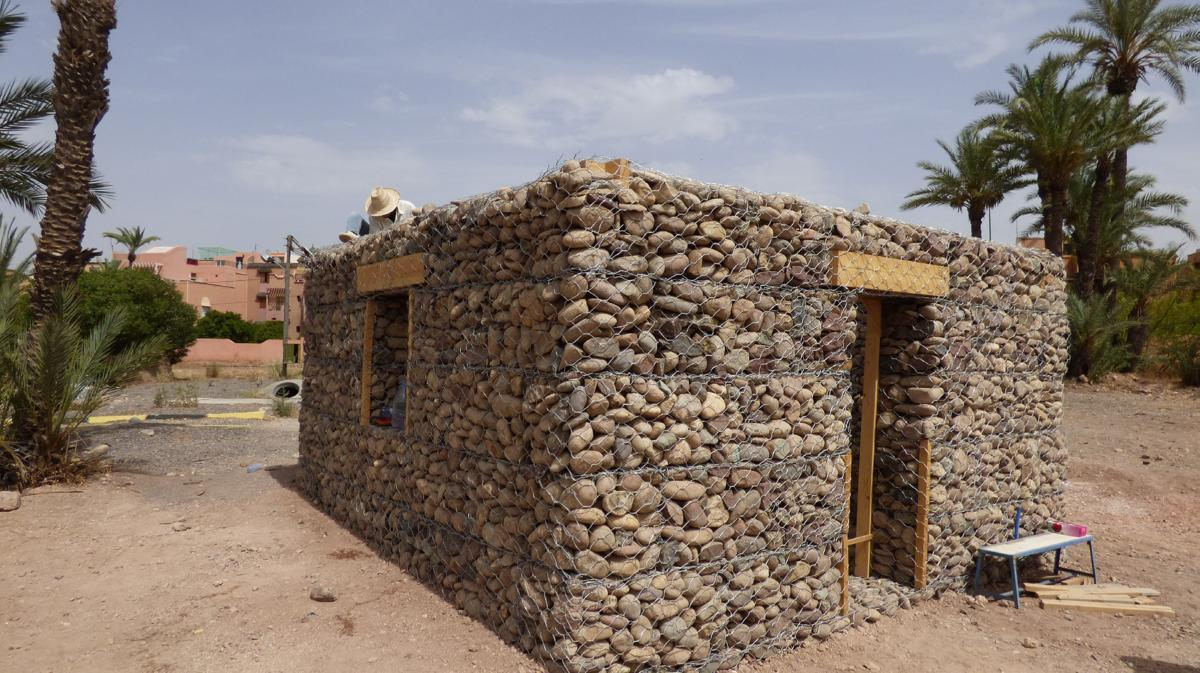 Maison en gabion marrakech construction21 - Grillage pour gabion ...